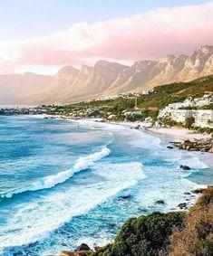 Camps Bay Beach, South Africa. : Pilotmadeleine | IG: @pilotmadeleine