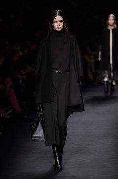Valentino at Paris Fall 2015