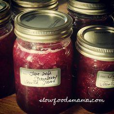 Homemade Strawberry Jam Three Ways : Old Fashioned, Vanilla Strawberry Jam and Balsamic Black Pepper Strawberry Jam