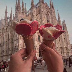 Always gelato season   Regram Thássia Naves ❤️  #visitmilano