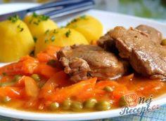 Recept Zadělávaná mrkev s hráškem No Salt Recipes, Meat Recipes, Cooking Recipes, Czech Recipes, Ethnic Recipes, Hungarian Recipes, What To Cook, Food 52, Pot Roast