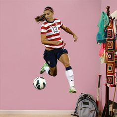 Alex Morgan - Ball Control - Soccer - Olympic Games