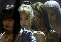 Kpop Girl Groups, Kpop Girls, My Girl, Cool Girl, Blackpink Memes, Jennie Kim Blackpink, Black Pink Kpop, Blackpink Photos, Blackpink Fashion