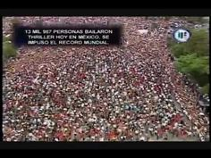 13.957 people dancing thriller in Mexico guinnes record Michael Jackson