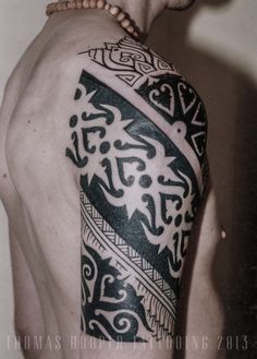 1000 images about tattoos on pinterest borneo tattoos tattoos and body art and suits and tattoos. Black Bedroom Furniture Sets. Home Design Ideas