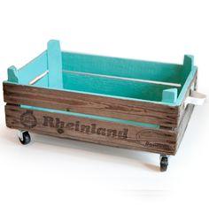 Aufbewahrungsbox aus Paletten // recycled box via DaWanda.com