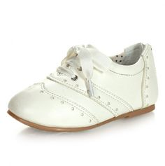 Lace Up Shoe...I don't even have little girls anymore, but these are adorable!