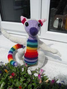 Alan Dart's lemur pattern in technicolour!