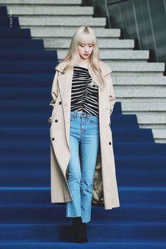 Yuehua Entertainment, Starship Entertainment, Cosmic Girls, Kpop Outfits, Girl Fashion, Fashion Women, Korean Fashion, Duster Coat, Jackets