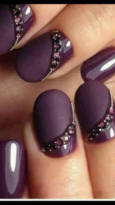 NagelDesign Elegant ( Winter Nail Art Designs a. ) You are in the right place about wedding nails for bride navy Here we offer you the mos Nail Art Violet, Purple Nail Art, Purple Nail Designs, Acrylic Nail Designs, Nail Art Designs, Nails Design, Purple Glitter, Acrylic Nails, Glitter Art
