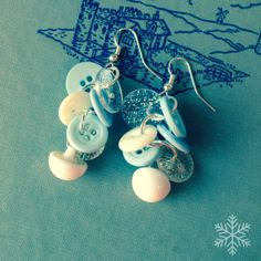 ICE CASTLE  Vintage Button Cluster Earrings  by thelibraryfaerie, $6.99