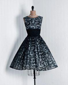 1950's Nipped Waist Party Dress - love it!