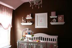 Google Image Result for http://2.bp.blogspot.com/_L-deInbQA9c/TJt8CFUUVcI/AAAAAAAAIgE/y8Zpd3o8SnA/s1600/pink-brown-baby-nursery-ideas.jpg