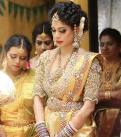 Half Saree Designs, Silk Saree Blouse Designs, Bridal Blouse Designs, Pattu Sarees Wedding, Lehenga Wedding, Silk Saree Kanchipuram, Indian Bridal Outfits, Bridal Collection, Beautiful Bride
