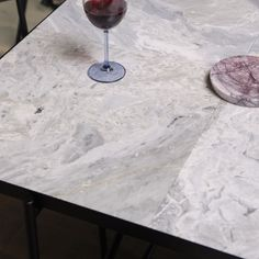 Grey marble in Dining Table. Black dining table with grey marble. Nordic Home, Nordic Style, Scandinavian Living, Scandinavian Interior, Italian Marble, Minimalist Interior, Concrete Floors, Interior Inspiration, Dining Table