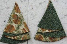 Christmas Tree Napkin Pattern | Lyn Brown's Quilting Blog.  Would never have thought of semi circular napkins