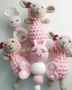 Mesmerizing Crochet an Amigurumi Rabbit Ideas. Lovely Crochet an Amigurumi Rabbit Ideas. Crochet Baby Toys, Crochet Amigurumi, Crochet Baby Clothes, Crochet Bear, Love Crochet, Crochet Gifts, Amigurumi Patterns, Crochet Dolls, Simple Crochet