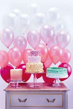 Fundo divertido com balões para festas. #fundocombaloes #backdrop