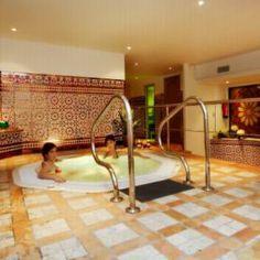 Der Spa-Bereich mit Whirlpool und Dampfbad - Wellness-Urlaub mit http://www.renatour.de