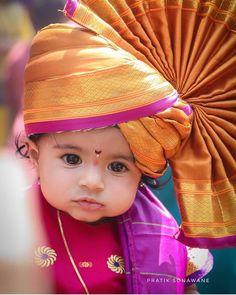 Cute baby at Girgaon Shobha Yatra Cute Baby Boy Images, Baby Boy Pictures, Cute Baby Pictures, Baby Fancy Dress, Baby Boy Dress, Cute Kids Photography, Newborn Photography Poses, Cute Little Baby, Cute Babies