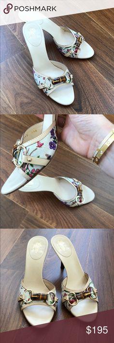Gucci 'Flora' Horsebit Sandals Sz 8.5 Gorgeous Gucci classic horsebit design in a canvas multicolor floral design. Leather interior, 3.25 in wooden heel. The perfect spring shoe! Gucci Shoes Sandals