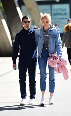 Joe Jonas & Sophie Turner from The Big Picture: Today's Hot Photos Out for a stroll! The couple is seen taking a walk in New York City.