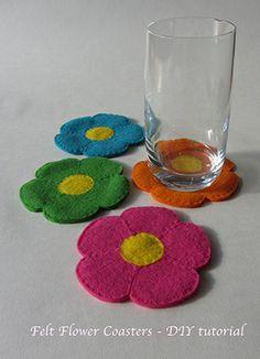 Flowery felt coasters – DIY tutorial
