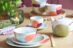 Fargekonsept og produktutvikling: Tiljen for Magnor Glassverk - KOI Fargestudio Koi, Vase, Tableware, Dinnerware, Dishes, Jars, Vases, Flowers Vase, Serveware