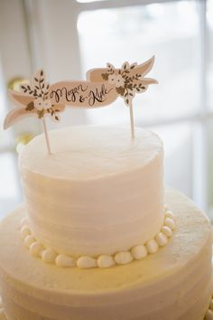 personalized banner cake topper // photo by Lang Photographers // View more: http://ruffledblog.com/sweet-tucson-wedding/