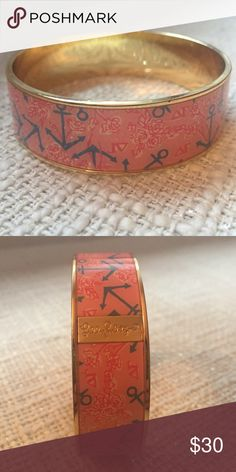 Lilly Pulitzer DG Bangle Delta Gamma bangle by Lilly Pulitzer. Never worn, in perfect condition. Lilly Pulitzer Jewelry Bracelets