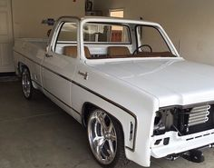 White and clean 85 Chevy Truck, Classic Chevy Trucks, Chevy C10, Chevy Pickups, Chevrolet Trucks, Classic Gmc, Lowered Trucks, C10 Trucks, Lifted Ford Trucks