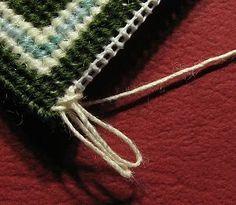 Tutoriel Gratuit - Comment ajouter une frange réaliste d'un tapis maison de poupée à l'aiguille