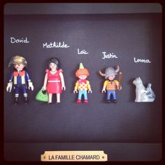 Family setting in playmobil rnrnSource by georgegertenaar Diy For Kids, Crafts For Kids, Diy Cadeau Noel, Deco Paint, Family Photo Frames, Diy Tops, Christmas Gifts For Him, Diy Frame, All You Need Is Love