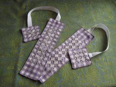 Chicken Scratch Bookmarks Tutorial --- Kerri Made