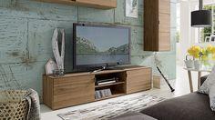 """Die perfekte Basis für den Flachbild-Fernseher – unser TV-Lowboard """"Civenna"""". Die elegante Erscheinung und die einfach praktischen Eigenschaften machen dieses Lowboard zu einer meisterhaften Handwerkskunst."""