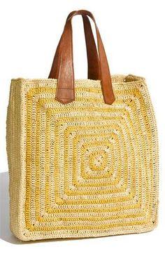cc000758197f2 kare şeklinde hasır çanta modeli | Çanta | Bags, Straw tote ve ...