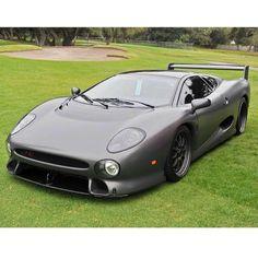 Absolute animal! Happy Sunday followers #cars #luxury #wantone