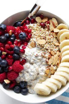 Vanilla Overnight Oat Breakfast Bowl with Fruit — coffee & crayons