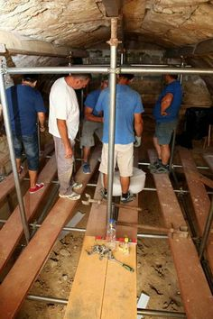 Working progress at the recently discovered Macedonian Tomb, Amphipolis, Greece Ancient Greece, Ancient Egypt, Greek Antiquity, Alexandre Le Grand, Alexander The Great, Macedonia, Athens, Archaeology, Antiquities
