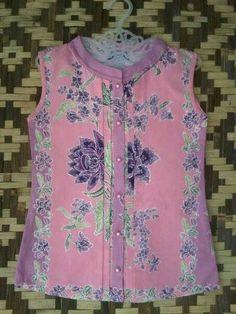 Hgf Batik Blazer, Blouse Batik, Batik Dress, Black And Grey Hair, Batik Kebaya, Kids Dress Patterns, Batik Fashion, Linen Dresses, Shirt Blouses