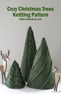Knit three adorable Christmas trees for the holiday season with the EASY Cozy Christmas Tree Knitting Patterns! Knit 3 adorable and different knit trees with the easy Cozy Christmas Trees Knitting Pattern, it's perfect for the holiday season! Christmas Tree Knitting Pattern, Winter Knitting Patterns, Knitting Designs, Knit Patterns, Knitting Ideas, Small Knitting Projects, Double Knitting Patterns, Knitting Tutorials, Stitch Patterns