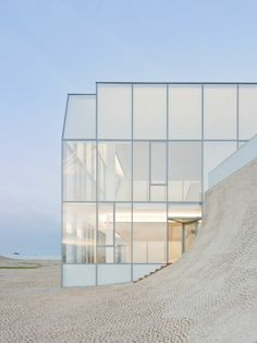Astonishing Polycarbonate Architecture You Must Know - Page 23 of 45 Steven Holl Architecture, Colour Architecture, Museum Architecture, Minimalist Architecture, Modern Architecture House, Interior Architecture, Interior Design, Melbourne Architecture, Glass Facades