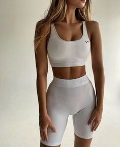 Mode Outfits, Sport Outfits, Fashion Outfits, Summer Body Goals, Fitness Inspiration Body, Style Inspiration, Workout Attire, Mädchen In Bikinis, Workout Aesthetic