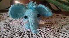 Éléphanteau bleu au crochet : Jeux, jouets par crochetettricot