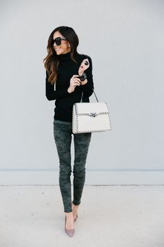 Would you believe me if I told you that camo pants can be dressed up? It's true. Showing you how to dress them up today + how I styled a white handbag!