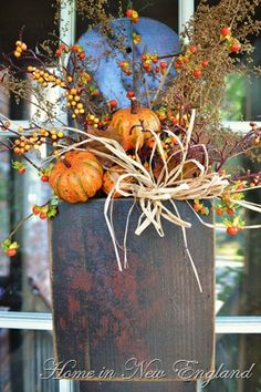 stuffed with fall pumpkins & drieds.by Home In New England-Dirk Dishop.stuffed with fall pumpkins & drieds.by Home In New England-Dirk Dishop. Fall Arrangements, Primitive Fall, Autumn Decorating, Fall Harvest, Harvest Time, Autumn Fall, Fall Wreaths, Fall Pumpkins, Autumn Inspiration