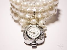 <3 Pearl Watch Bracelet. I REALLY WANT THIS!!!  <3