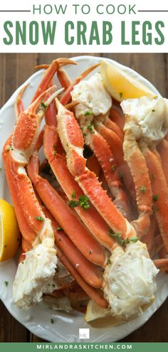 Snow crab legs are EASY to cook at home for special meals and I show you exactaly how to eat crab legs! It takes 15 minutes and is much cheaper than resturant crab! Steamed Crab Legs, Steamed Crabs, Cooking Crab Legs, Easy Cooking, Budget Cooking, Vegetarian Cooking, Crab Recipes, Dinner Recipes, Dinner Ideas