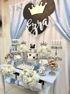 Bizzie Bee Creations 's Birthday / Mickey Mouse - Photo Gallery at Catch My Party Boys 1st Birthday Party Ideas, First Birthday Party Decorations, Baby Boy First Birthday, Mickey Party, Mickey Mouse Birthday, Mickey Mouse Baby Shower, Baby Mickey, Birthdays, Pastel