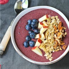 Blueberry Apple Crisp Smoothie Bowl Such a great way to start the day! Complete with hidden veggies! Pick the toppings and make it your own.